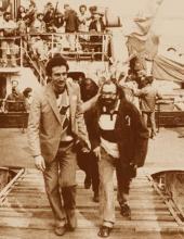 Лъчезар Тошев и Дончо Папазов по време на първата речна еко-демонстрация в България, 24 март 1990г. гр.Свищов,